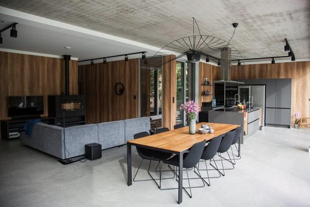 Decorative concrete isn't damaged easily